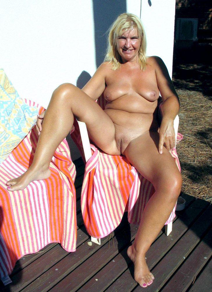 Ladies mature naked Nude Mature